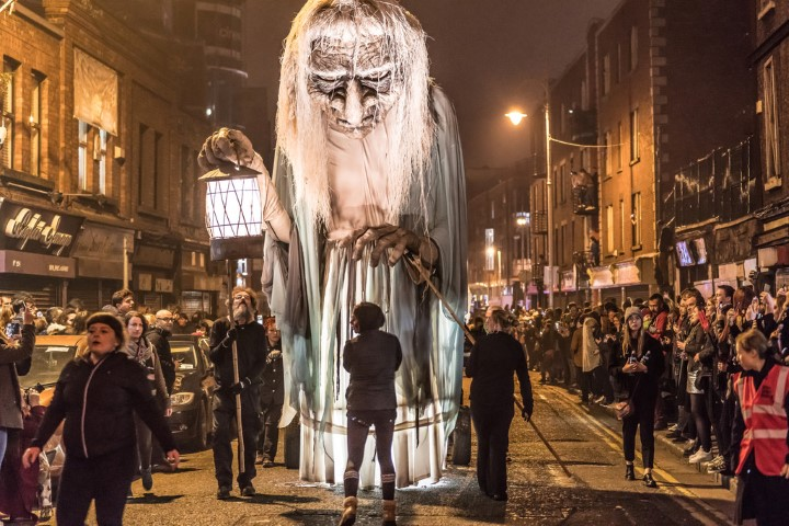Halloween en Dublín Brujo diabólico