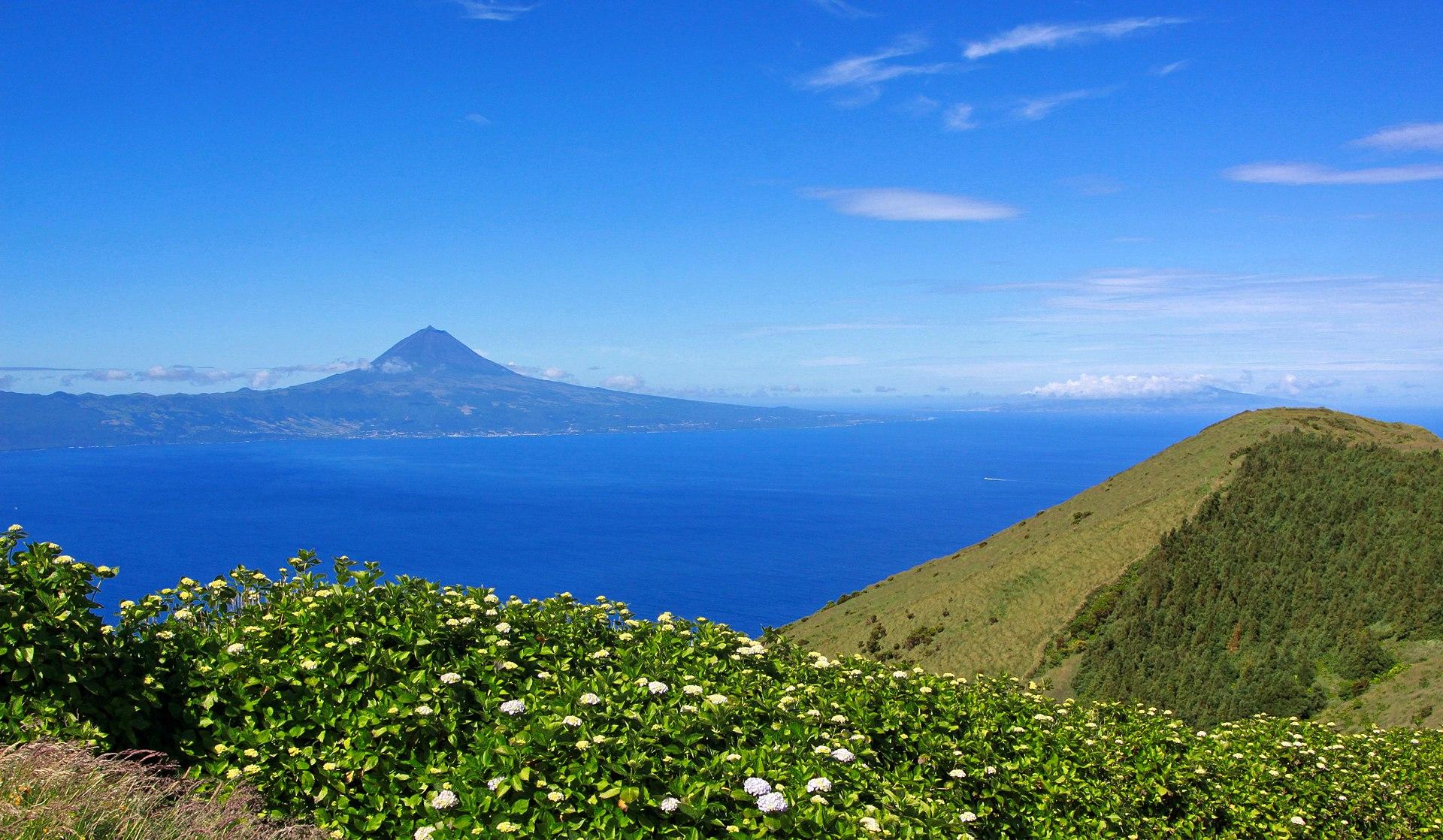 Monte Pico y naturaleza de las Azores