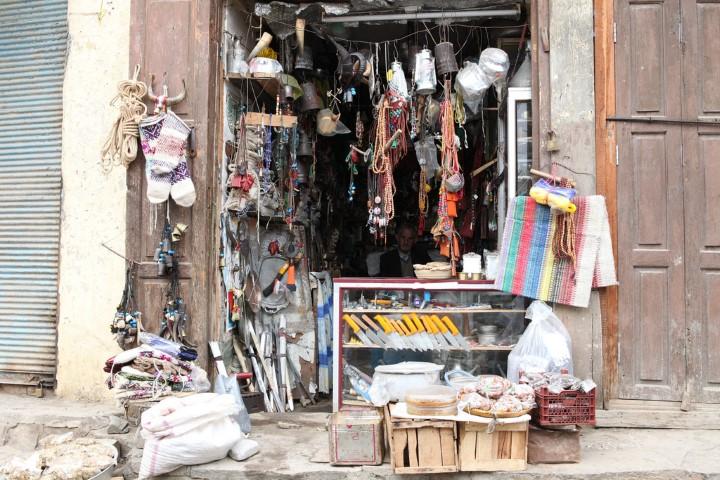Tienda para turistas en Masuleh